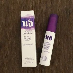 ✨New✨URBAN DECAY All Nighter  Makeup Setting Spray